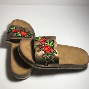 Bronze, Rose embroidered slide